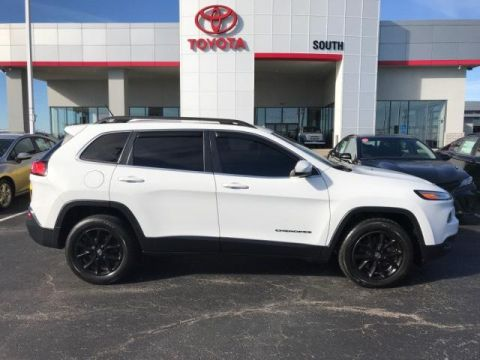 Pre-Owned 2015 Jeep Cherokee 4WD 4dr Latitude 4WD