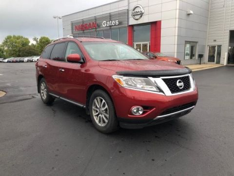 Pre-Owned 2016 Nissan Pathfinder 4WD 4dr SV 4WD