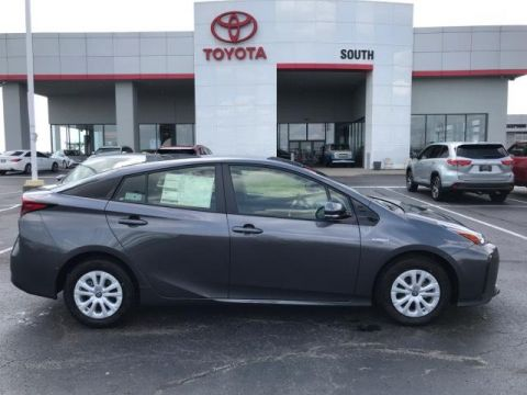 New 2019 Toyota Prius LE FWD 4dr Car