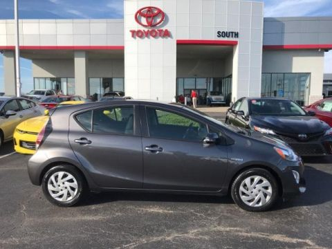 Pre-Owned 2015 Toyota Prius c 5dr HB Two FWD 4dr Car